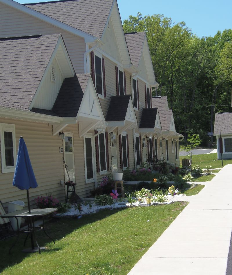 County Apartments: Monroe County Housing Authority